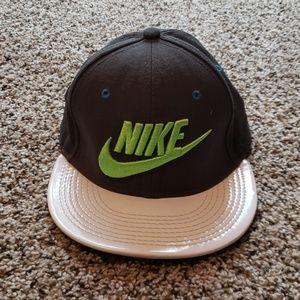 Nike hat, snap back